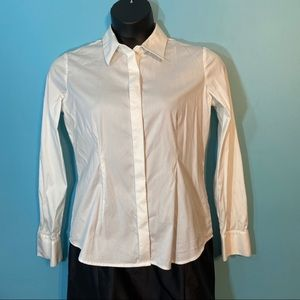 Lord and Taylor button up fitted blouse